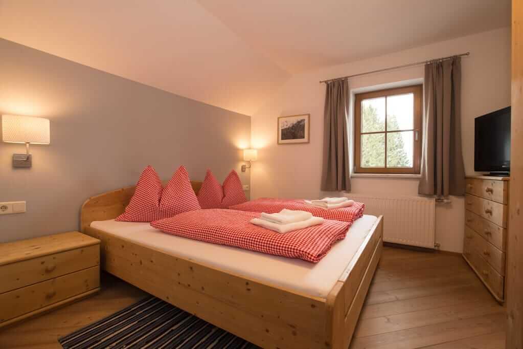 """""""Dachstein"""" Schlafzimmer"""